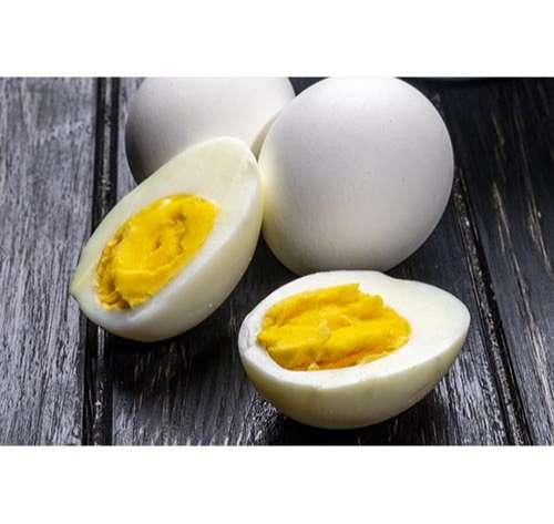 Huevos duros cocinados